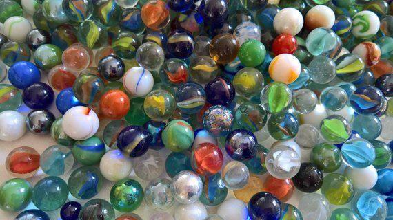 Vintage Glass Marbles Set Of 10 Retro Classic Americana Childhood Game Hobby Pastime Jewelry Hobbyhobby Bolinha De Gude Saudosismo Bolinhas