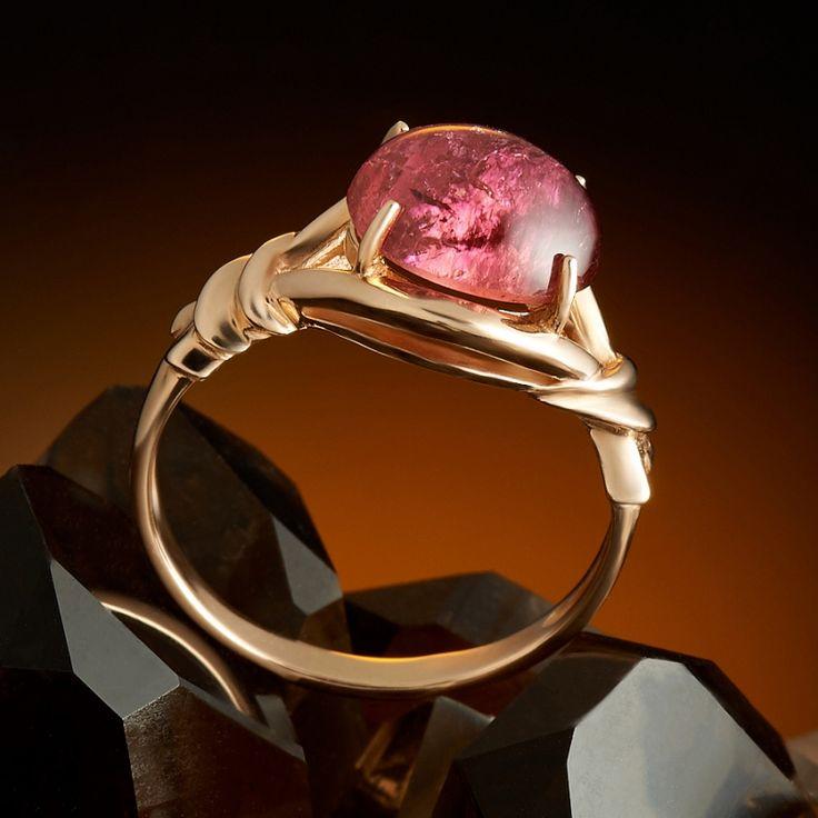Кольцо турмалин розовый Нигерия (золото 585 пр.) размер 17,5