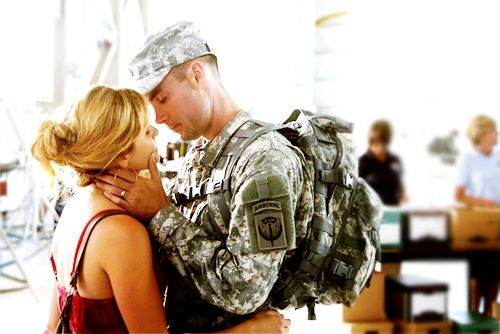 love Roxy and Trevor <3 army wives <3