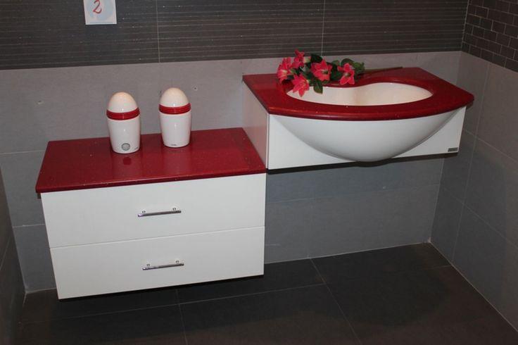 Oltre 25 fantastiche idee su arredo bagno rosso su for Stock arredo