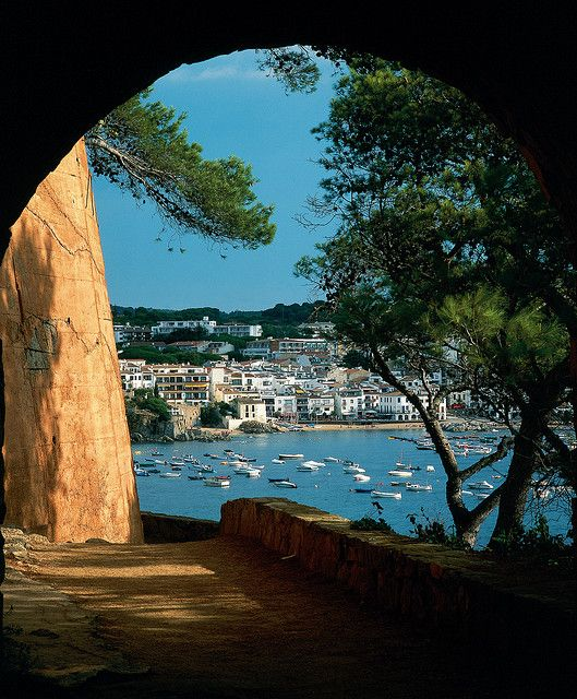 Calella de palafurgell, Costa Brava, Girona, Cataluña, España www.desconecta-tviajes.com
