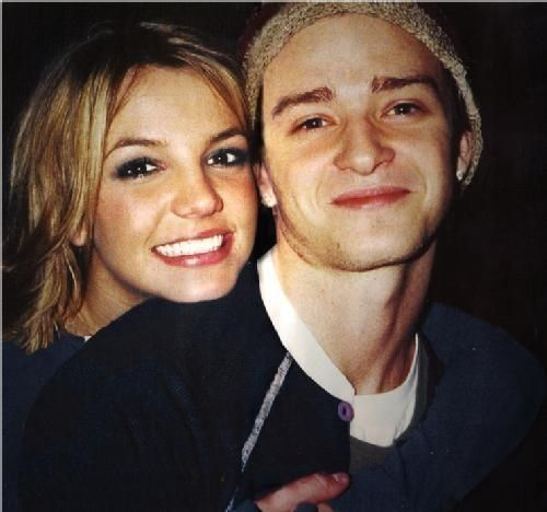 Britney Spears and Justin Timberlake-awe I loved t when they were together