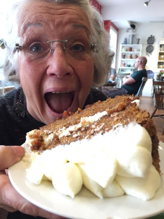 portland pottery cafe, maine--pottery and baked goods!!!!!