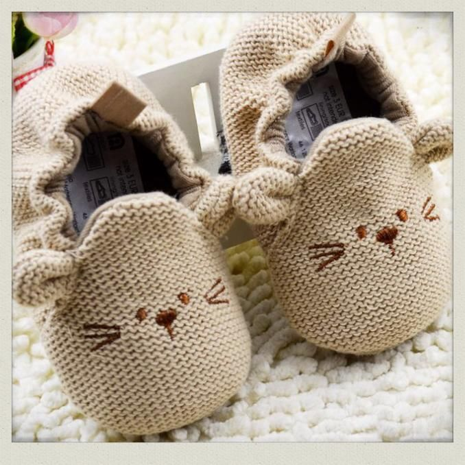baby mouse shoes $14 http://www.everythingsrosie.com.au/product/baby-mouse-shoes/