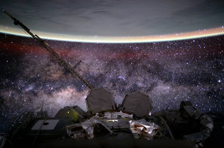 """""""NASA astronauts Scott Kelly and Kjell Lindgren (@StationCDRKelly and @Astro_Kjell) switched their spacesuits to battery power at 6:22 a.m. EST, signifying…"""""""