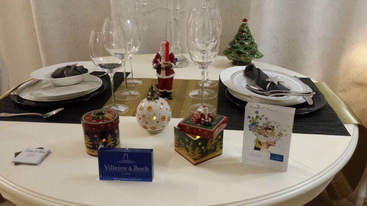 Mesa navideña para boda decorada por la firma Villeroy & Boch | organización de bodas especiales en Barcelona