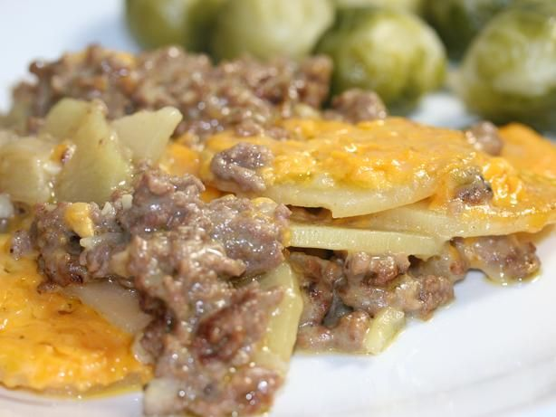 This has layers of sliced potatoes, cheddar cheese and hamburger. Its creamy and easy, with lots of cheese!! After reading the reviews, I think I didnt state clearly enough that the potatoes need to be very thinly sliced-almost shaved. Ive made this tons of time and my potatoes are always done. So slice em thin!