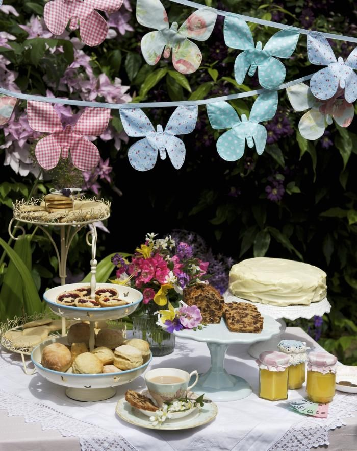 Communie dossier communie en lentefeest tafeldecoratie voor een communie libelle foto - Foto decoratie ...