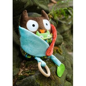 Skip Hop Hug and Hide Activity Toy, must have: Babies, Owl Baby, Baby Owl, Skip Hop, Hiding Activities, Owls, Owl Activities, Baby Shower, Activities Toys
