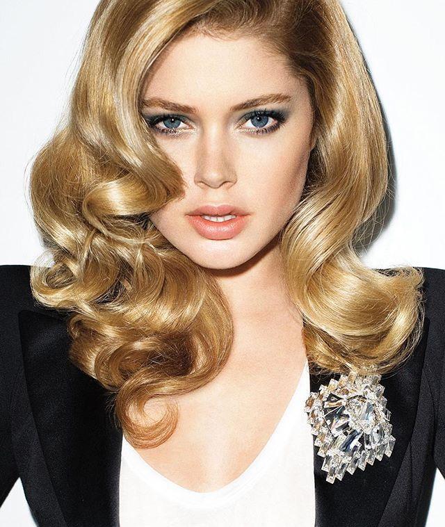 Glamorous blond locks
