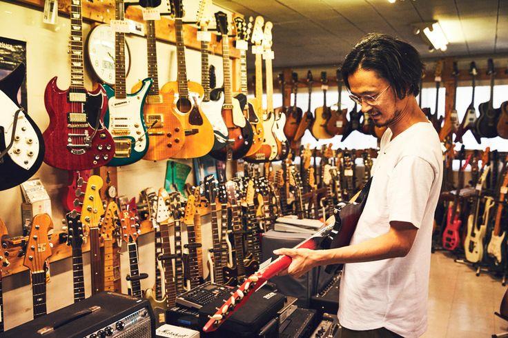 第2回目のゲストには、3ピースバンド「ペトロールズ」でボーカル&ギターを務める長岡亮介さんが登場。星野源や椎名林檎など日本を代表するミュージシャンのサポートミュージシャンとしても有名です。そして、大の車&自転車好き!ということで、ご自身の音楽から価値観を形成したルーツにせまります。