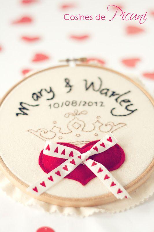 Wedding/Anniversary embroidered hoop idea - Bonitisimo: Bastidor porta alianzas