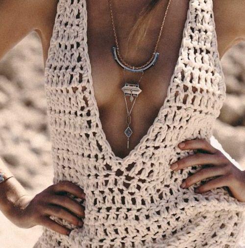 low cut crochet v-neck tank // double crochet. This would make and adorable crochet swim suit coverup!