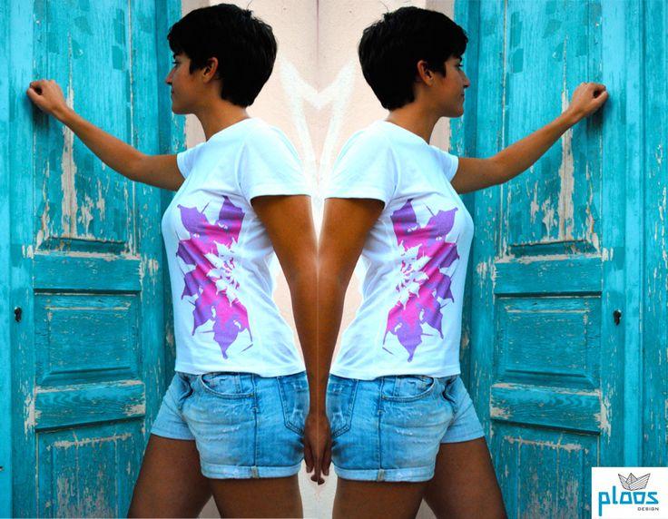 #PloosDesign #t-shirt #woman #evzon #motif #modern #souvenir www.ploosdesign.com If you want to order contact us!