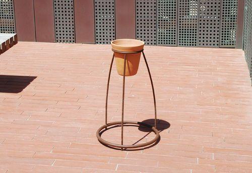 Cendrier sur pied / pour extérieur / design original MIGRATION by Agence APS CYRIA