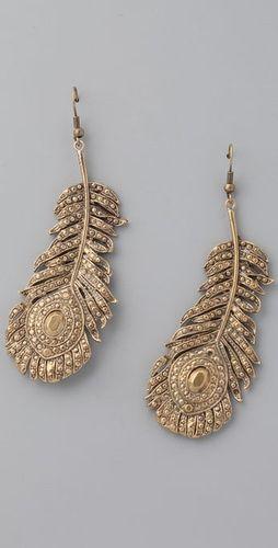feather earrings...: Feather Earrings, Jewelry Peacocks, Feathers Earrings, Feathers Accessories, Gold Feathers, Peacocks Details, Brighton Earrings, Peacocks Feathers Jewelry, Alkemi Jewelry