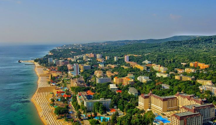 Golden Sands is one of the biggest seaside resorts and the biggest on the northern coast of Bulgaria. It is located close to the city of Varna and has easy access to Varna International Airport and major motorways. ♒ Learn more about the resort