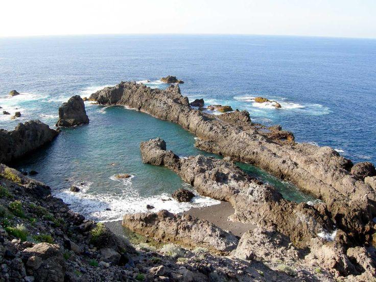 Charco del viento hermosa cala natural de la costa for 5 piscinas naturales catalunya