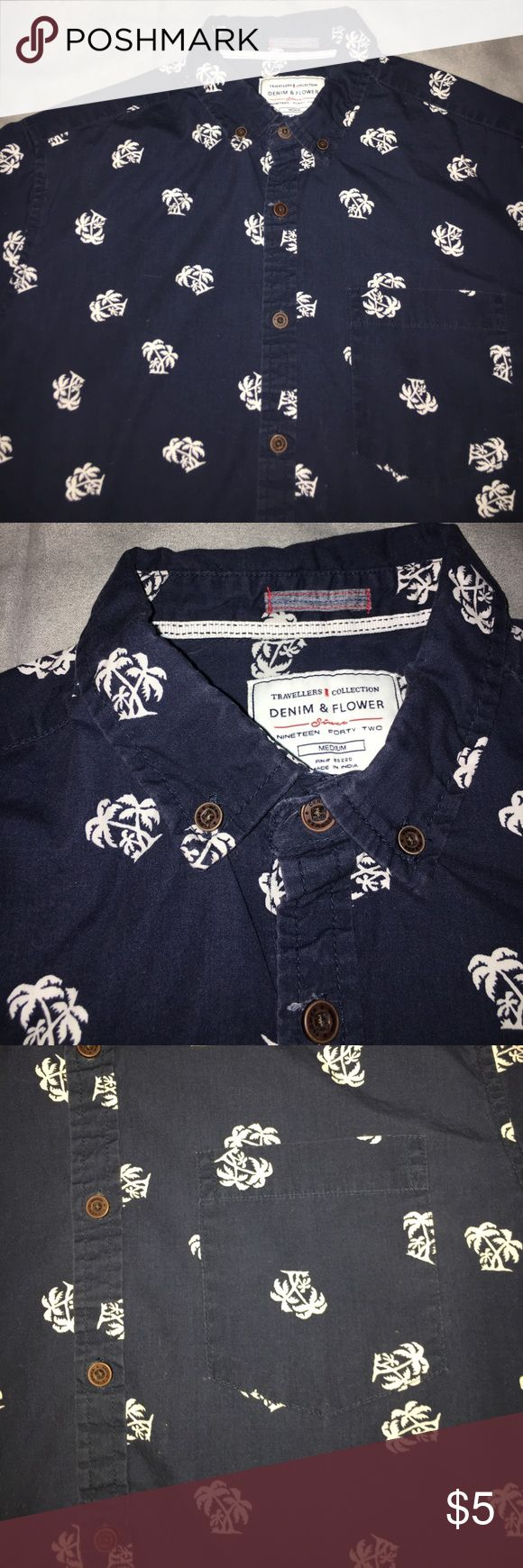 🌴 Palm tree dress shirt Short sleeve palm tree button down! Navy with white palm trees travellers collection Shirts Casual Button Down Shirts