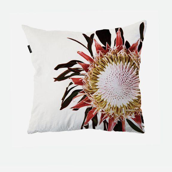 Clintonfriedman - Protea Cushion Cover – White & Multi