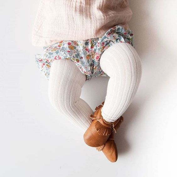 tights, bloomers, and moccs = cutest baby outfit!