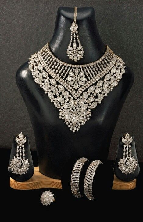 Beautiful diamond jewellery...love it