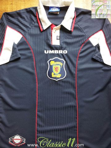 Relive Scotland's 1996/1997 international season with this vintage Umbro home football shirt.