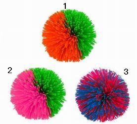 In The 80s - Toys of the Eighties, Koosh balls.   Le jouet totalement inutile mais très à la mode !