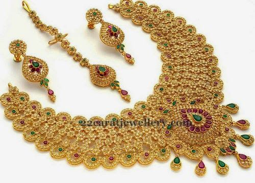Jewellery Designs: Uncut Floral Choker and Tikka