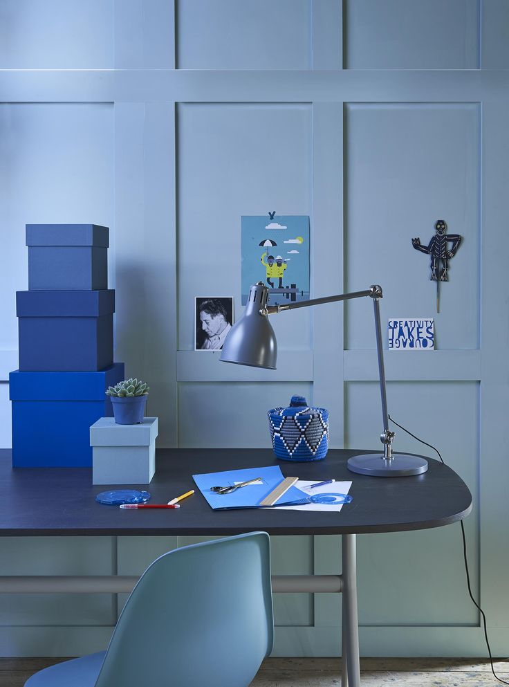 Blue workspace | Styling @fietjebruijn | Photographer Dennis Brandsma | vtwonen May 2015