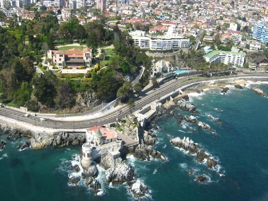 Viña del Mar - Chile I'm going to be living in the white building to the right!!!!