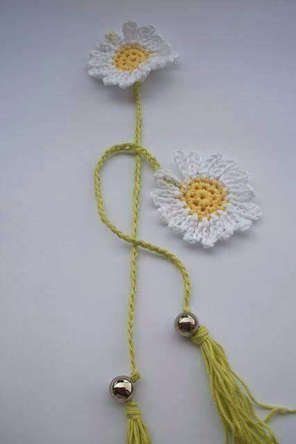 Daisie Crochet Bookmark Gift f