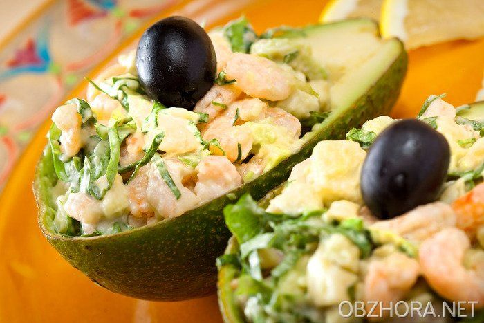 Рецепты салаты с авокадо креветками красной рыбой