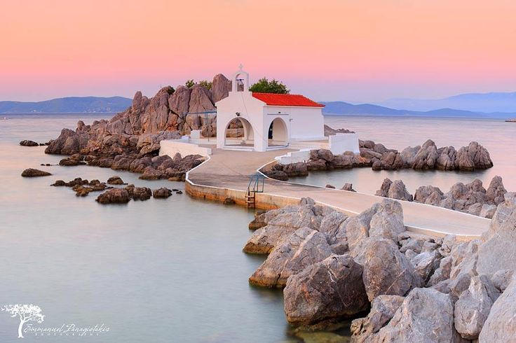 The picturesque chapel of Agios Isidoros, that stands at Sykiada of Chios  Φωto by Emmanuel Panagiotakis