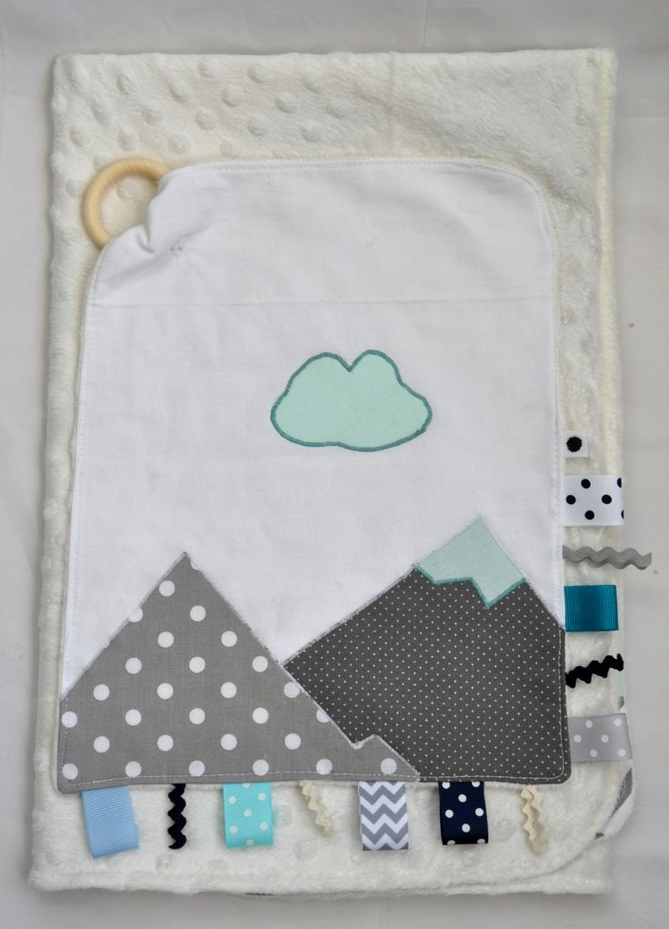 Mountain applique taggy toy for babies