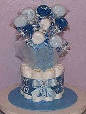 1-TIER-DIAPER-CAKE-WITH-BABY-SCRATCH-MITTEN-LOLLIPOP-BOUQUET-6