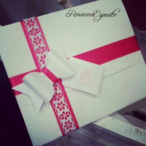 Partecipazioni in scatola...dettagli che fanno la differenza....#rosannadesigner #specialwedding #weddingday #weddingplanning #partecipazionipersonalizzate #handmadecreations
