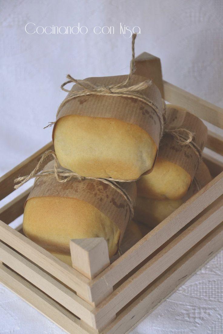 Cocinando con Kisa: Pan de aceite rellenos de salchicha y beicon { KitchenAid }