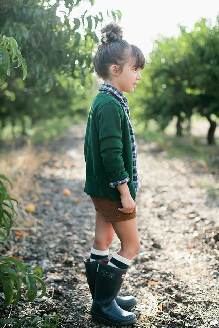 Another great looks with hunters. #kids #fashion