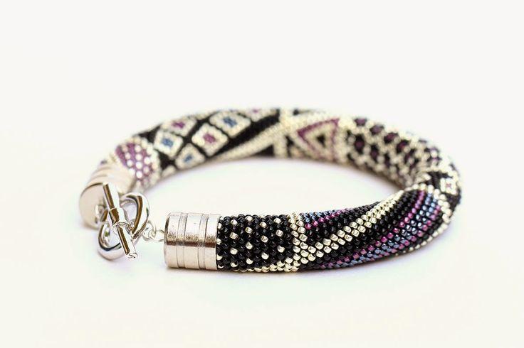 "Exclusive jewelry by Elena Rusinovich -KITTEN UMKA-: Браслет из бисера ""Noir""…"
