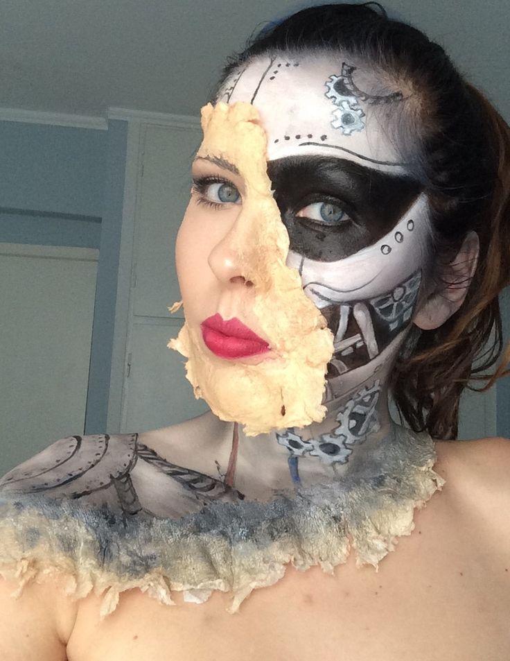 """""""Lady Robot""""  Mua Ewelina Gretkowska"""