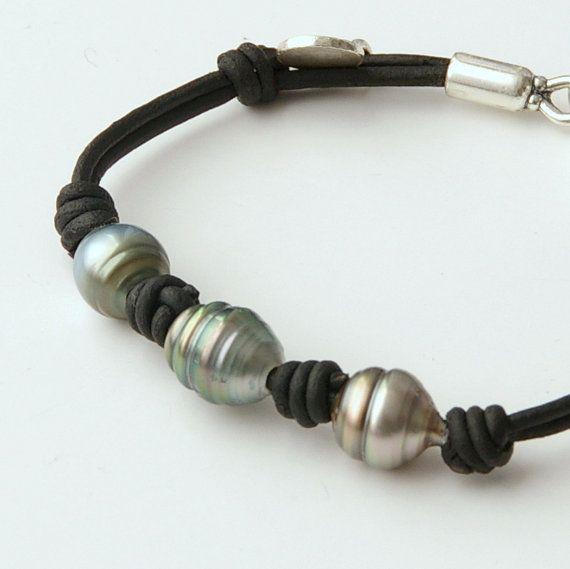 Tahitian Pearl Leather Bracelet.