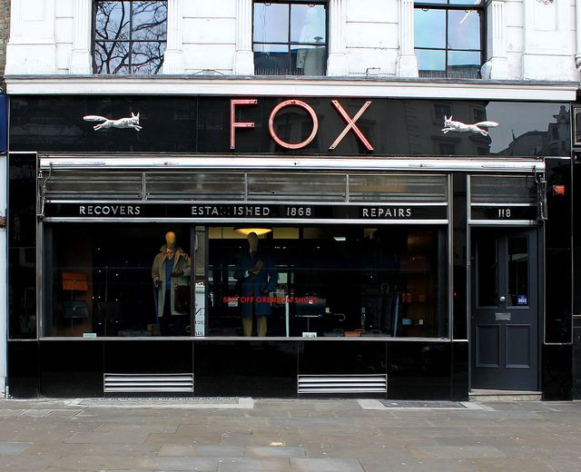 Fox shop front, London Wall, City of London. (Beautiful facade crappy shop apparently) BUT we will have to make a stop...of course. :)