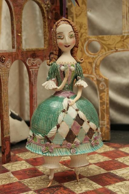 Princess in a green dress by Elya Yalonetski ARTE24.EU, via Flickr