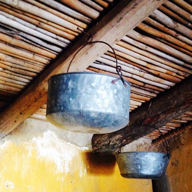Hand made pots! Somewhere in the lost Algarve! #projectotasa #algarve #handmade #craft #rural #rural_love