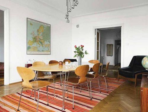 Arne Jacobsen Ant Chairs | Door Sixteen