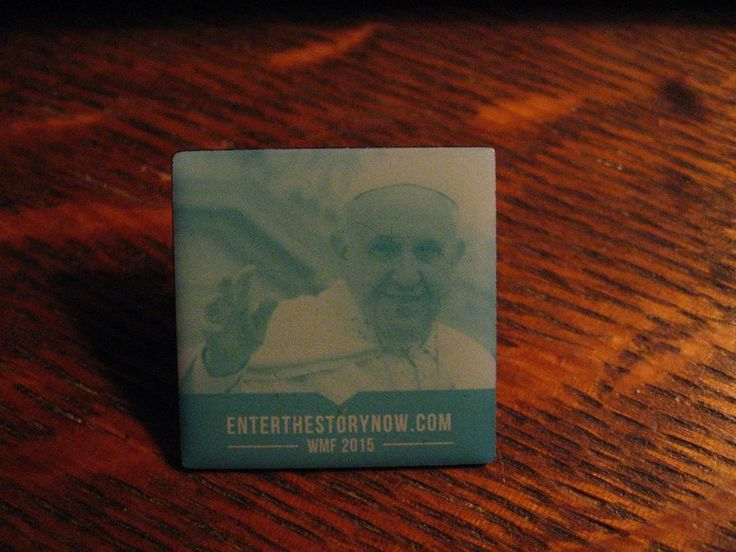 Pope Francis Lapel Pin - 2015 WMF World Meeting Of Families Philadelphia USA Pin