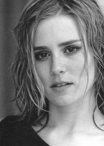 Alison Lohman......love her in all the movies I've seen of hers!