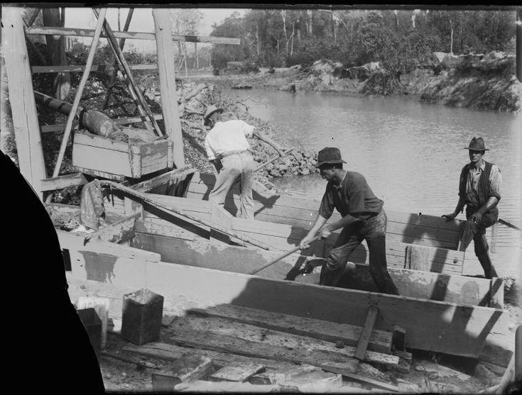008617PD: Tin sluicing, Greenbushes, 1922 http://encore.slwa.wa.gov.au/iii/encore/record/C__Rb2090927?lang=eng