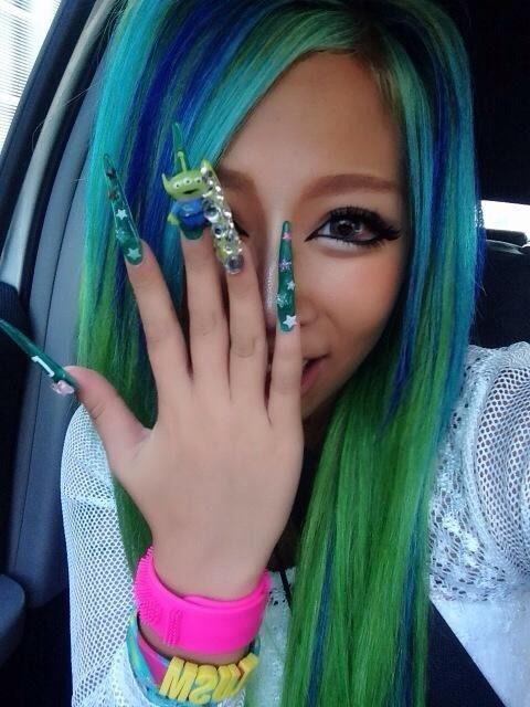 Kurogyaru blue and green hair